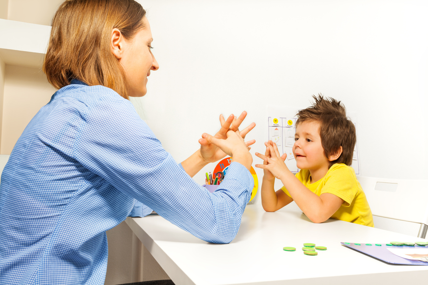 Картинки психолога и детей